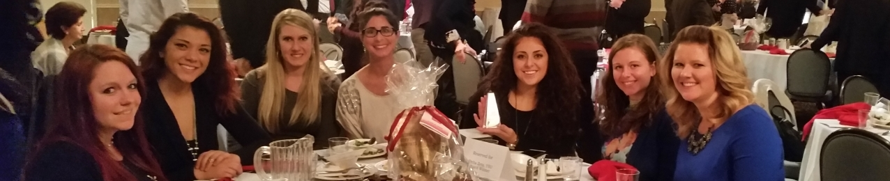 Delta Zetas at Annual Dinner